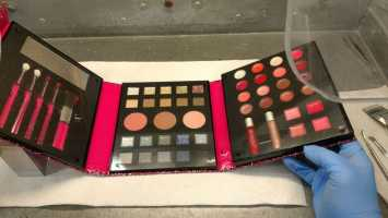 Claire's recalls children's makeup after mom finds asbestos in 6-year-old's kit